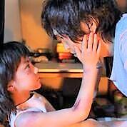 寄り添って生きる「父と娘」、掘り出し物の大阪映画~『ごっこ』