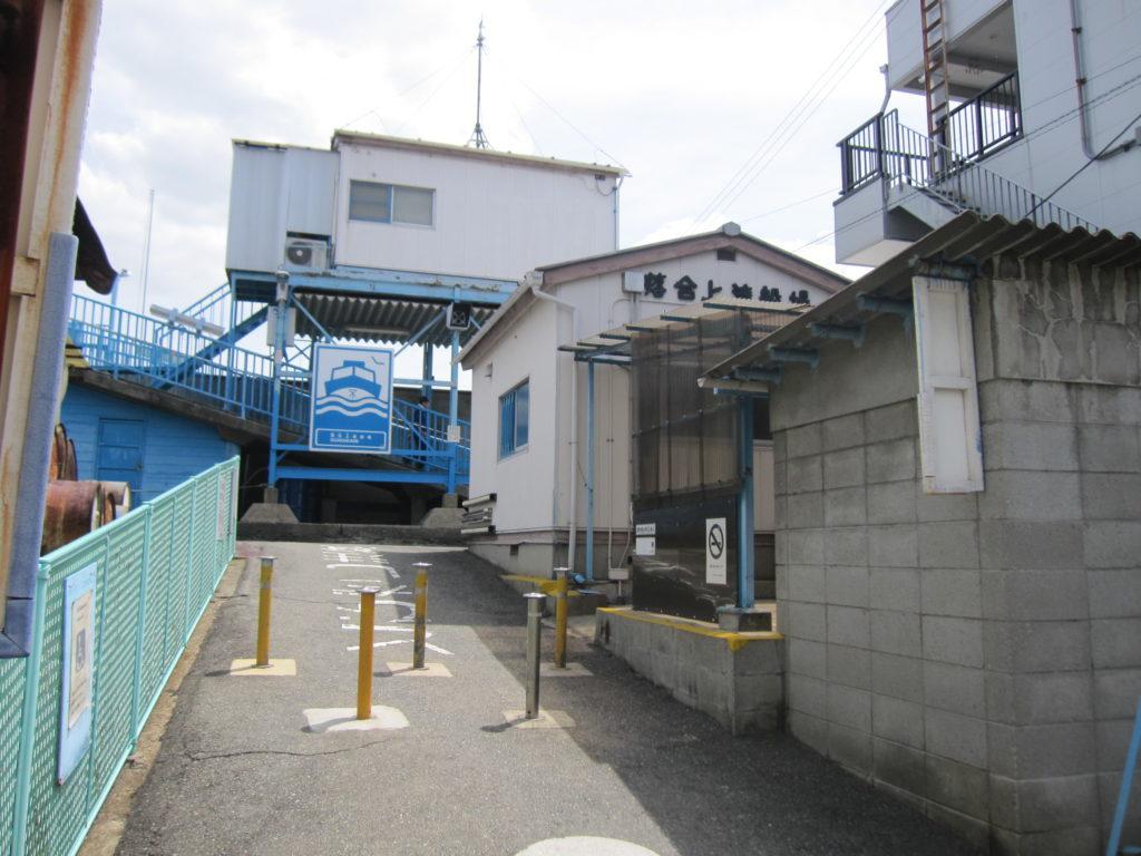 大阪ストーリー(4)チャリで渡船巡り~飾り気のない大阪に触れる