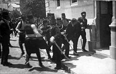 今日はサラエヴォ事件からちょうど100年目です