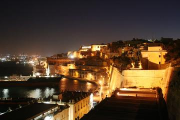 心癒されるマルタの夜景~