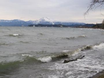 あゝ、琵琶湖、びわこ、ビワコ、琵琶湖……