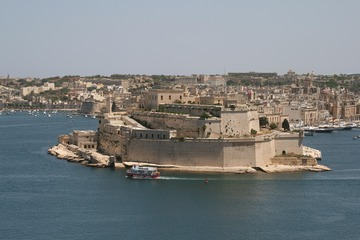 映画の地を訪ねて(3) 地中海・マルタ~『トロイ』